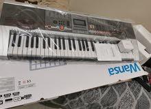 للبيع بيانو (كيبورد)