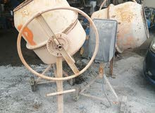 2 pics  electric  Cement mixer. For sale
