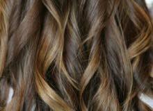 خبيرة الشعر جميع صبغات وعلاجات الشعر