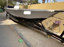 قارب 33 قدم للبيع