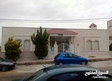 Luxurious 800 sqm Villa for sale in AmmanDabouq