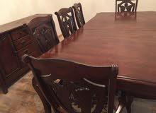طاولة طعام 8كراسي مع البوفيه