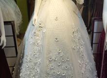 فستان زفاف اخو الجديد مع ملحقاته الخوض