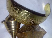 هرم الملك فرعون خفرع عليه نقوش باللغة الهيروغليفية وقطع نقدية تاريخية والعديد من