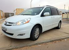 Toyota Siena 2009 For sale - White color