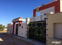 منازل تشطيب ممتاز كما في الصور في عين زارة سعر الواحد 450 الف