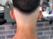 حلاق للرجال جميع انواع قصات الشعر والدقن