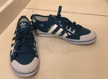 حذاء أديداس نظيف جدا للبيع