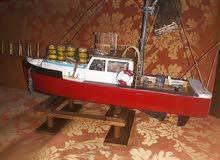 للبيع قارب خشبي
