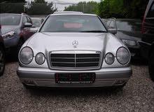 مرسيدس E200 موديل 1998