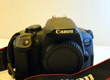 canon EOS 700D like new
