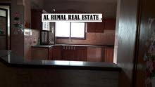 للايجار شقة 140 متر بمنتصف الرمال /200 دولار