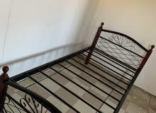 سرير للبيع 15 دينار