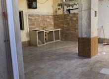 منزل للبيع من يتكون من ثلاث طوابق بتاجوراء بالقرب من مصحة ياشفين مساحة ارضة 540