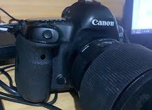 كاميرا كانون 5 دي مارك 4 للبيع