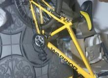 دراجة نوع واريور من توكيل سمارت بيك 21 سرعه جديدة