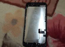 للبيع ايفون 7بلس شاشته مكسورة