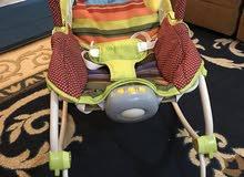 للبيع كرسي هزاز للرضع استعمال خفيف جداا كالجديد
