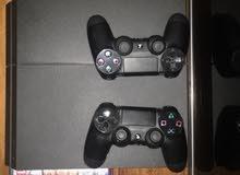 PS4 + 2 Joysticks