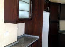 شقة فارغة للايجار الرابية قرب كامبرج شهري الدفع 3نوم 3حمام صالون صالة 375 شهري