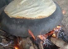 يوجد خبز شراك على الحطب
