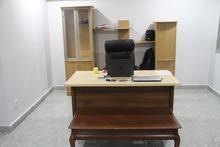 مكتب + كرسي + بوفيه كبير خلفي