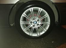 جنط 17 BMW بركب على باص فوق 2000 للبيع أو البدل