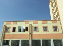 للبيع مبنى سكني تجاري جديد بالمسفاة بوشر خط أول