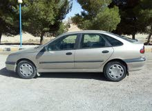 Renault Laguna 1999 For sale - Gold color