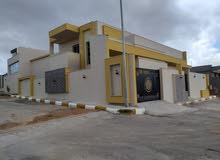منزل للبيع   في 4 شوارع زويته مقسم كبير وراقي