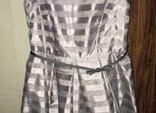 فستان نسائي