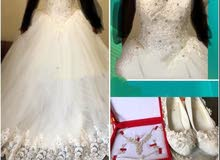 فستان زفاف جديد ملبوس 3 ساعات فقط