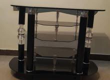 طاولة شاشة شبه جديدة