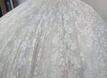 ايجار فيلو وفساتين وجلوات وفجرة للعرائس