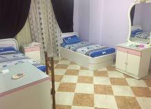 سرير فى غرفة دبل بنات للايجار