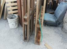 طبالي خشب بحالة جيدة جدا عددهم