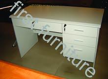 مكتب موظف مكاتب خشب وزجاج عالي الجوده 01003755888