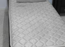 سرير مفرد تفصيل مع ملحقاته