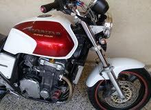 هوندا بطح محرك 1000 دراجه جديده جدا
