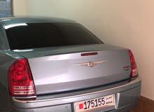 للبيع كرايسلر 300c  موديل 2009 اللون سماوي