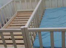 عدد 2 سراير اطفال كل سرير فيه جنبه تتحول موضح بالصور يجى سرير ويجى حباس