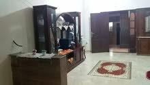 منزل في بنغازي الجديده بالقرب من محلات النادي  يتكون من اربع شقق