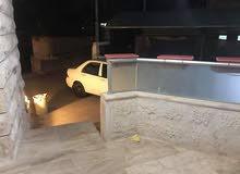 شقة فارغة الايجار 3نوم خلدا ديلوكس خلف مخابز براديس أرضية مع كراج ومدخل خاص