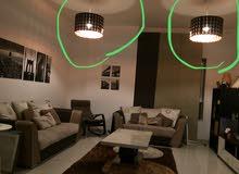 اضاءة في حالة ممتازة للبيع lighting in a very good condition (chandeliers)