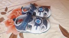 sandal like new