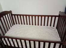 سرير اطفال خشب مستعمل