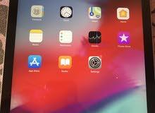 للبيع ipad Air مثل الجديد