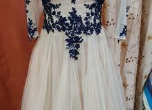 فستان للبيع بحاله جيده استعمال بسيط جدا