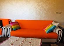 شقة مفروشة للايجار السنوي للعائلات الصغيرة او شهري للطالبات