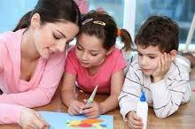مطلوب مربية للاطفال في المنصور  و براتب 500 الف